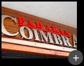 Letreiro de aço inox escovado para a padaria Coimbra