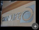 Letreiro de inox para empresa Omnilife - produtos de saúde