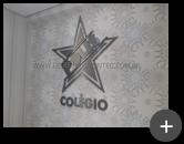 Letreiro completo com letras e logotipo de inox escovado conforme o visual do colégio Polis