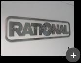 Letreiro instalado Rational fabricado com material de inox escovado