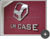 Letreiro e logotipo de inox escovado para empresa LM Case