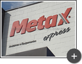 Letreiro para indústria de andaimes e equipamentos Metax Express