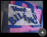 Produção das letras caixa em aço galvanizado com pintura para escola Wizard com tratamento e pintado na cor azul no formato de caixa alta