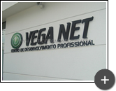 Letreiro em aço galvanizado - Veganet