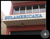 Letreiro da empresa Sulamericana produzido em aço com pintura
