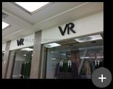 Letreiro da loja Vila Romana