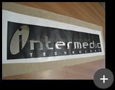 Letreiro de inox para empresa Intermedic