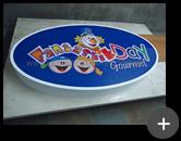 Letreiro luminoso em acrílico iluminado por leds para buffet infantil