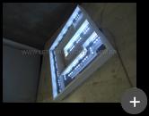 Fabricação do letreiro luminoso para escritório de tecnologia em acrílico com lãmpadas internas de leds para a iluminação