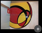 Fabricação do logotipo para a UOL em acrílico cristal conforme sua identidade visual