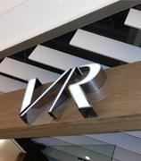 Letreiros personalizados para fachada de lojas
