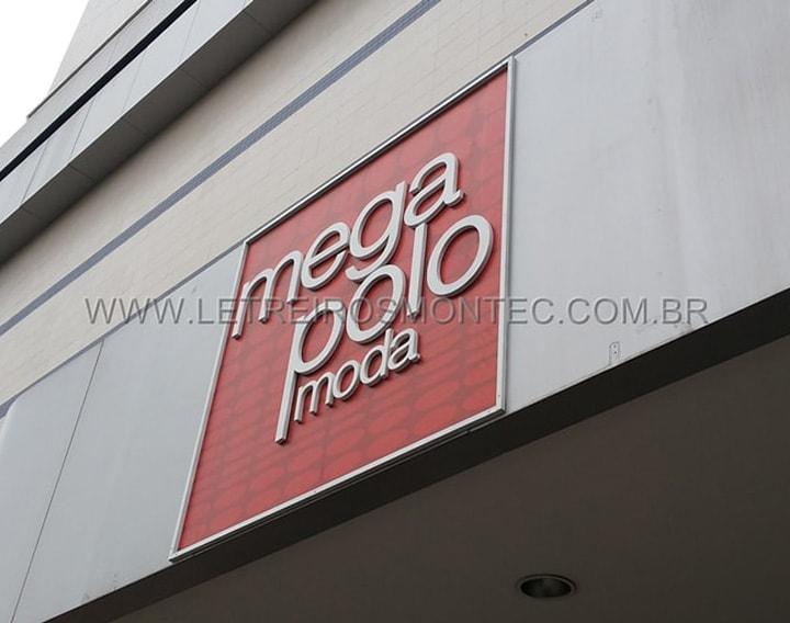 Letreiro da loja de roupas do Brás em São Paulo de aço galvanizado